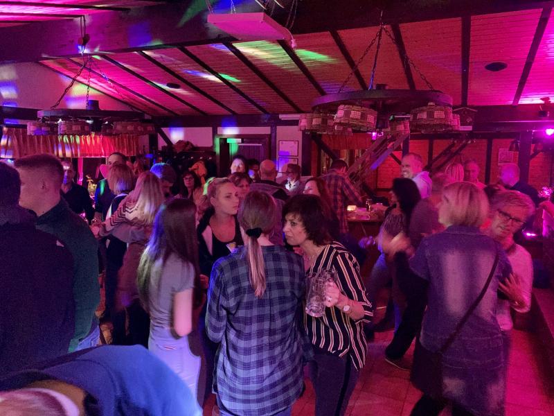 2019-10-26-skiclub-wissen-saison-opening-party-brandeck-huette-wissen-pic22