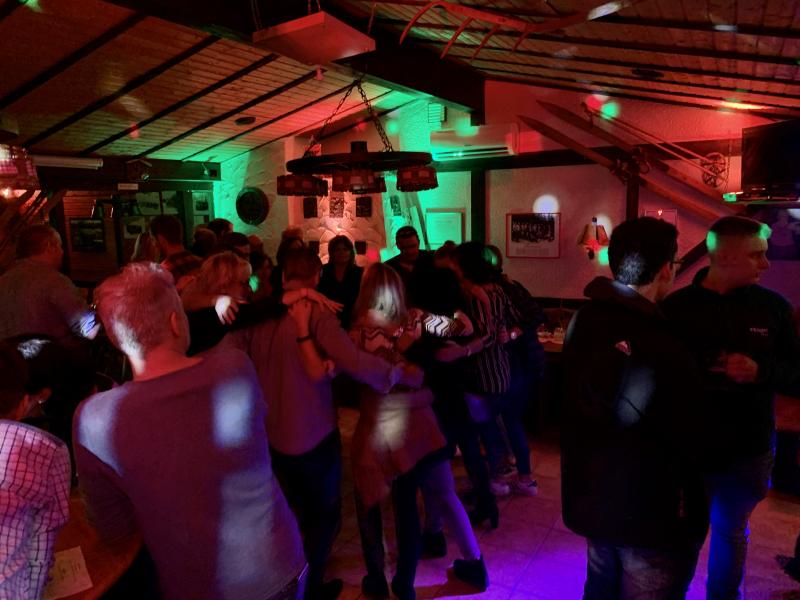 2019-10-26-skiclub-wissen-saison-opening-party-brandeck-huette-wissen-pic24